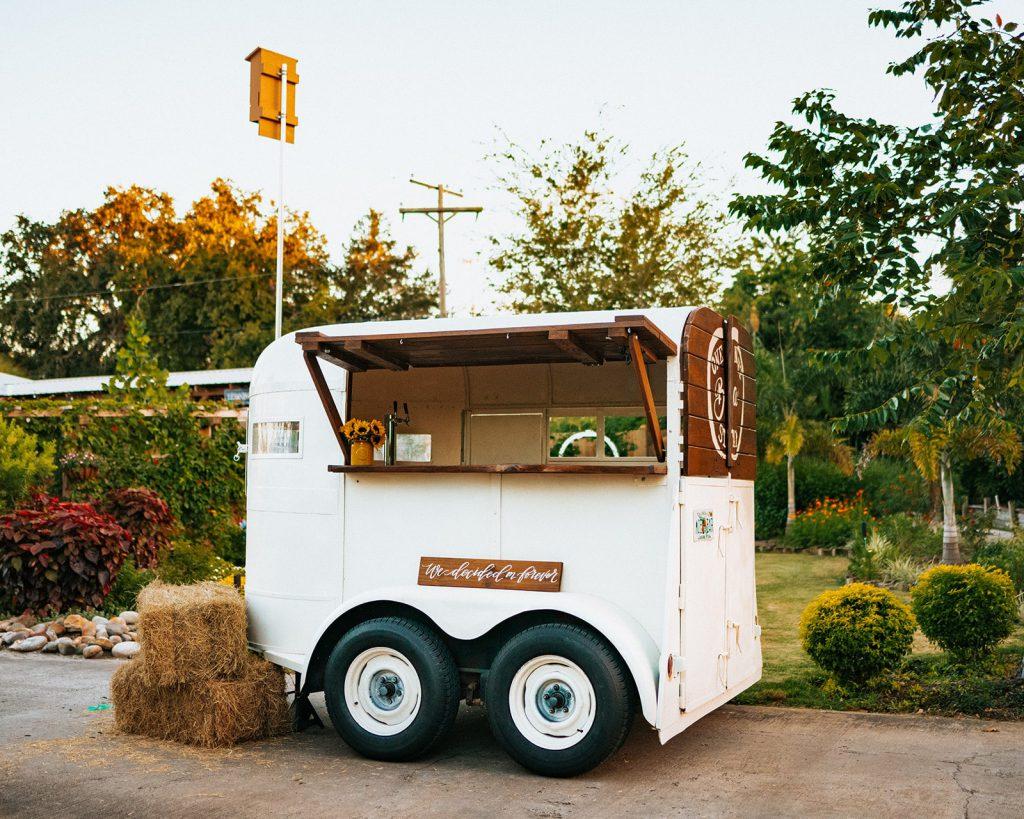 Mobile bartending trailer